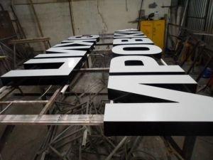 Объемные буквы на металлокаркасе